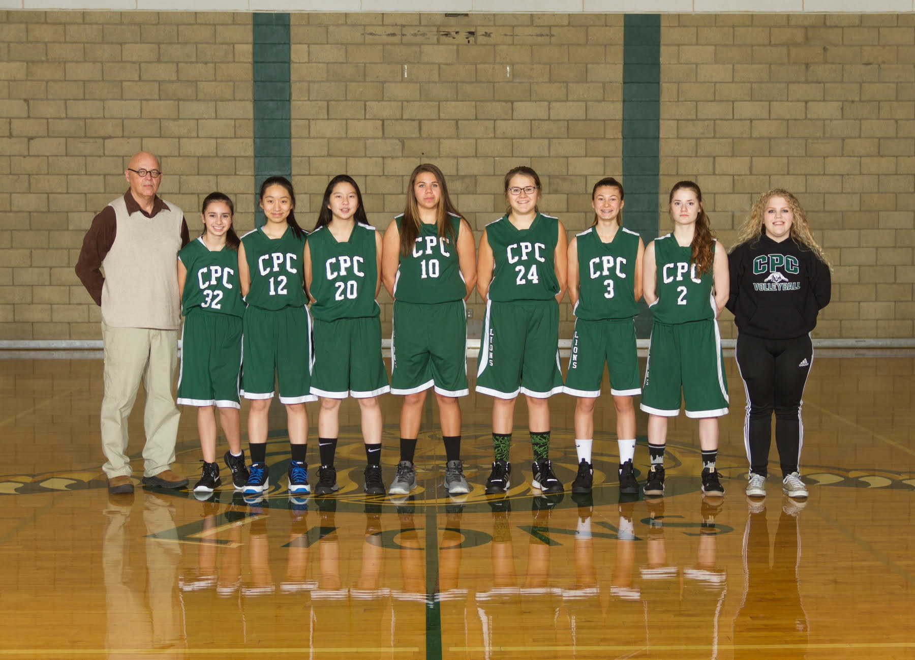 Varsity%20girls%20basketball%2c%202017 18